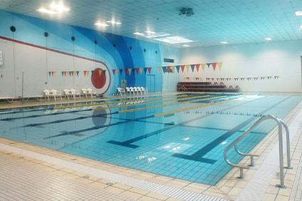 太子堂中学校温水プール 25mプール