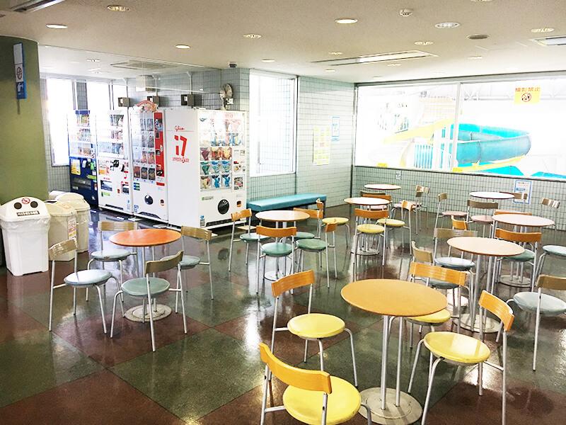 東京都北区立 元気ぷらざ エントランスホール