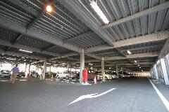 多摩市立温水プール アクアブルー多摩 立体駐車場